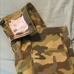 New with Tags Chino Camo Girlfriend Pant